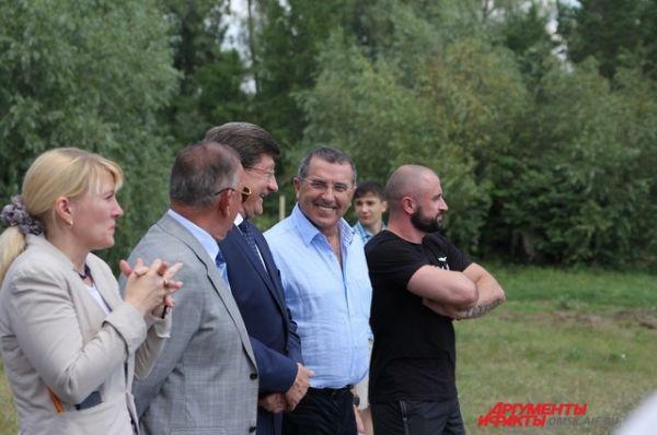 Открытие площадки для воркаута в Омске.