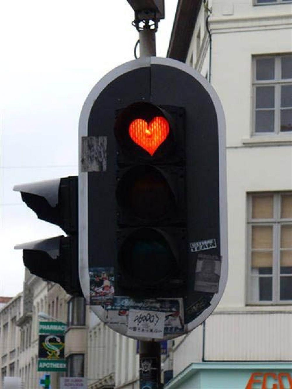 Первые светофоры с обратным отсчетом появились во Франции в 1998 году