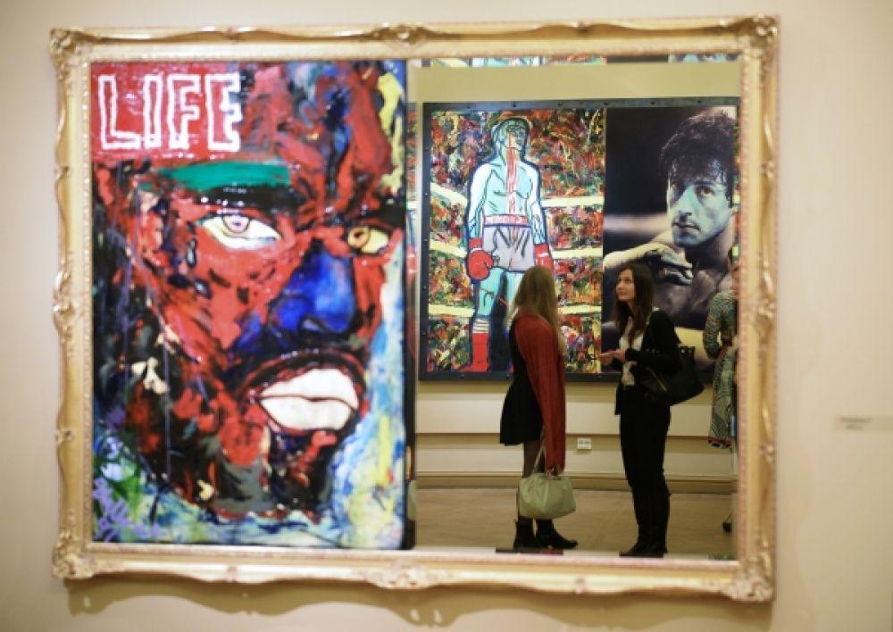 Картина Сильвестра Сталлоне «Ответная реакция» была выставлена на персональной выставке актера, режиссера и художника в Инженерном замке Русского музею в Санкт-Петербурге.