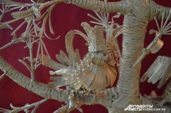 Внутренняя экспозиция музея посвящена крестьянскому быту и поделкам. Некоторые из них – настоящие произведения искусства.