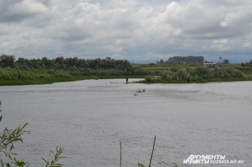 Кия в переводе с тюркского – Скалистая река. Но в окрестностях Шестаково она течёт по равнине.
