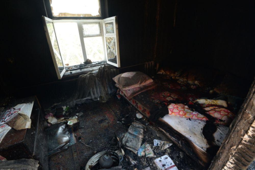 Последствия боев между украинской армией и пророссийскими сепаратистами в Донецкой области.