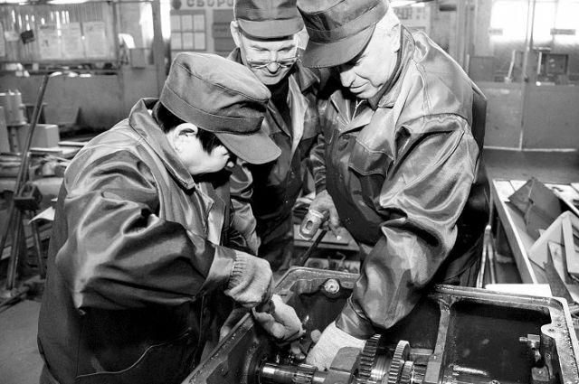 На Уральском заводе по ремонту электрических машин нарушали права рабочих
