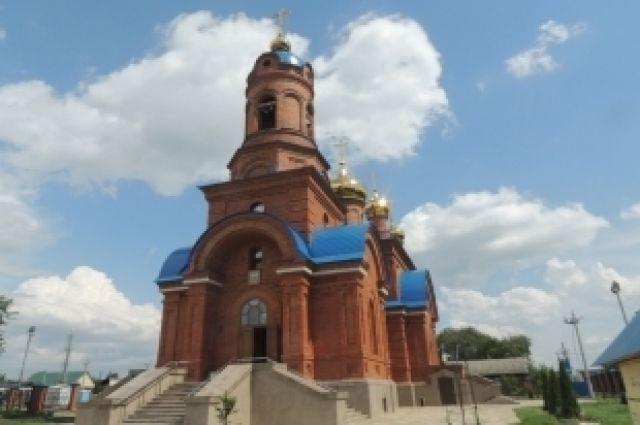 Два священника с Украины будут служить на Южном Урале