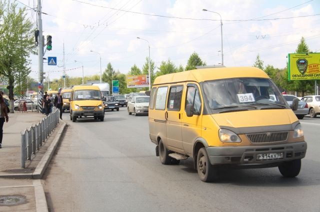 Перевозчики снова хотят повысить стоимость проезда в маршрутках.