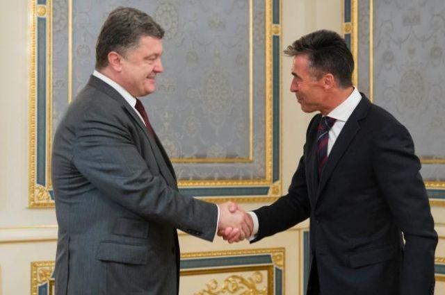 Петр Порошенко и Андрес Фог Расмуссен