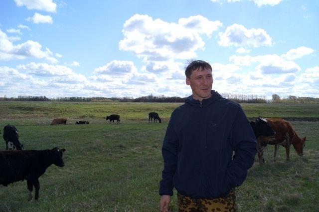 Константин Фомин вернулся в деревню после работы сапёром.