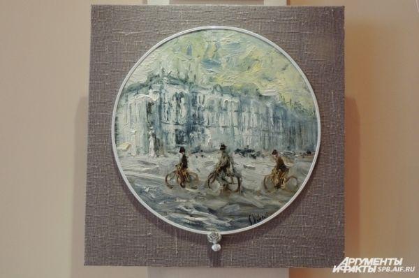 Мотивом для этой картины послужила фотография велосипедистов на Дворцовой.