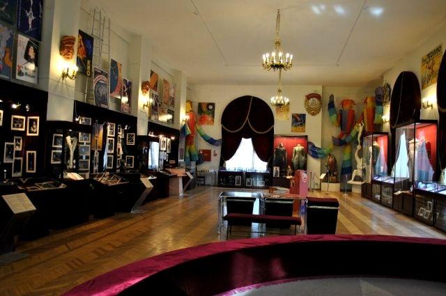 Музей циркового искусства на Фонтанке стал первым в мире музеем цирка.