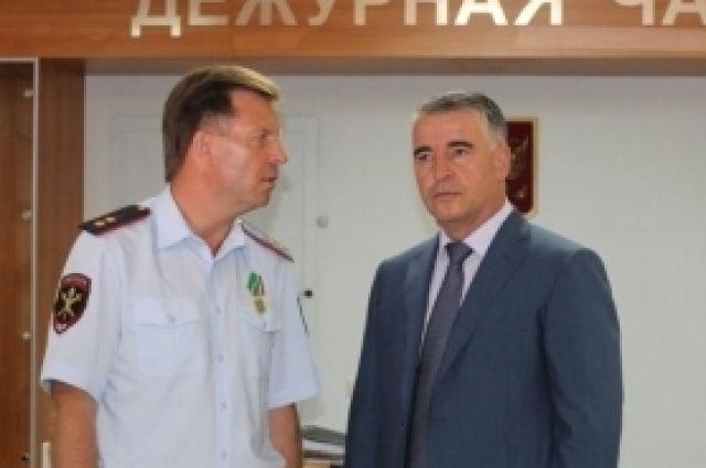 Евгений Мартынов и Руслан Алханов.