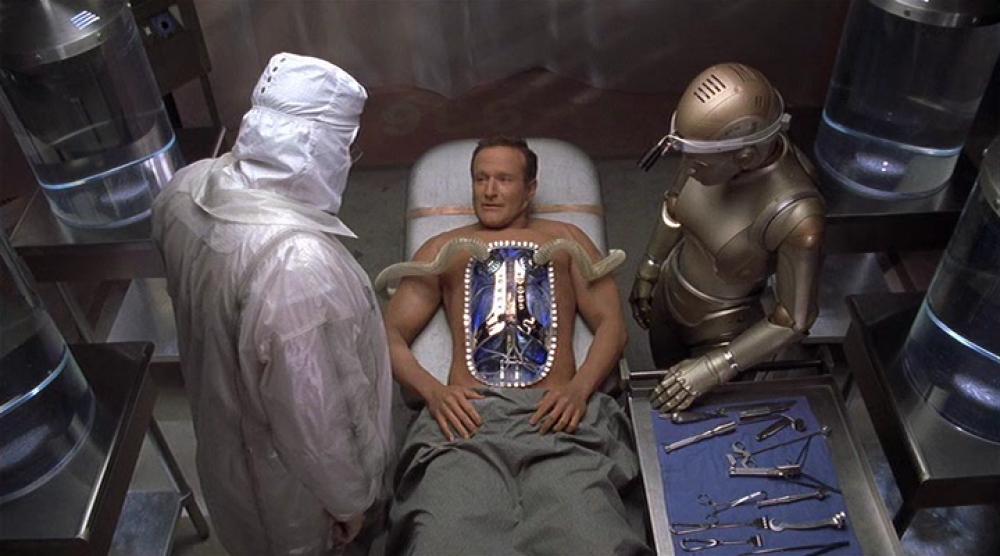 В 1999 году Уильямс исполнил главную роль в фильме, снятом по мотивам произведений Айзека Азимова – «Двухсотлетний человек»