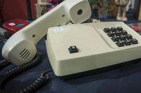 Омичи могут жаловаться на скачки цен по телефону.