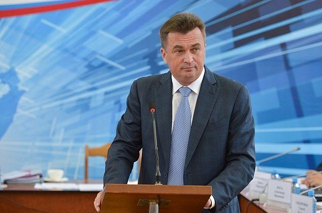 Владимир Миклушевский на встрече с лесозаводцами.