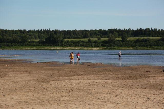 Пляжный сезон на двух областных пляжах официально закрыт.