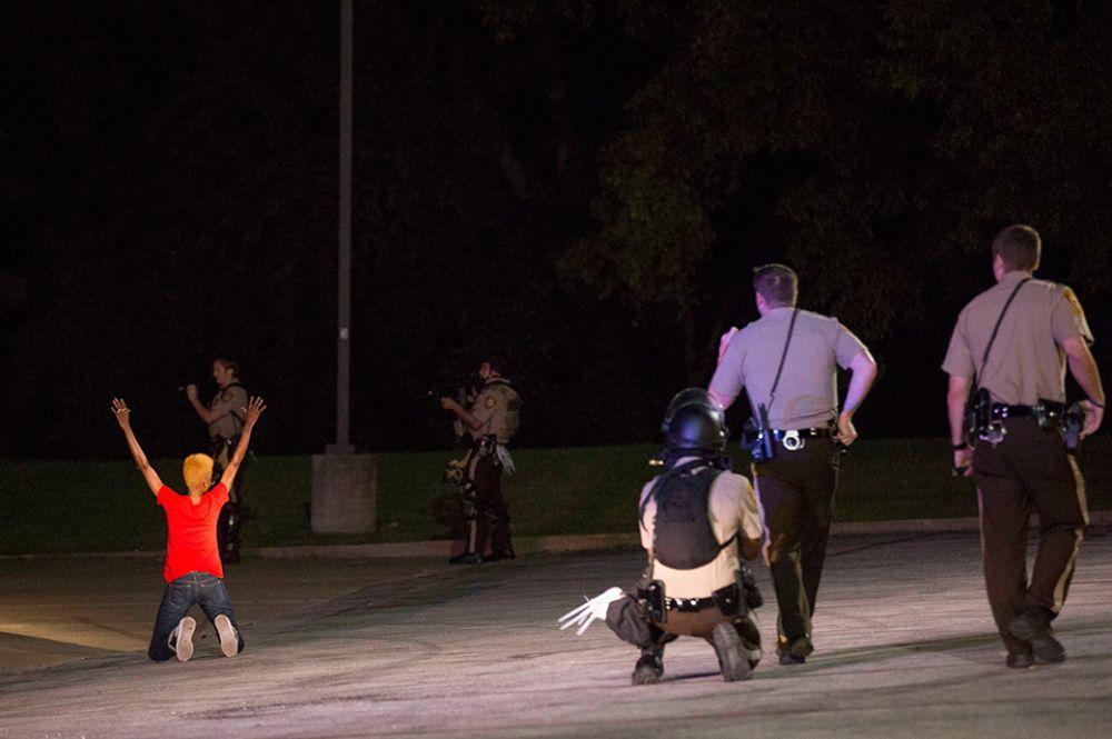 После этого полиция начала массовые аресты наиболее активных демонстрантов.