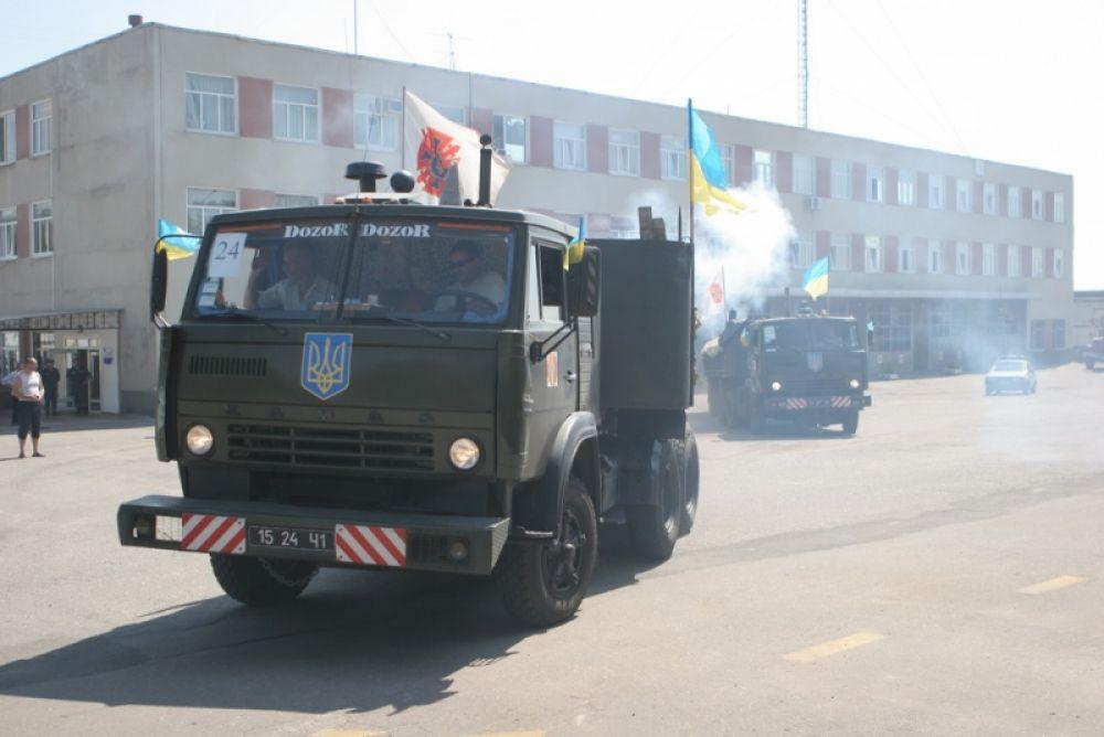 Власти Украины отправили гуманитарную помощь на Донбасс