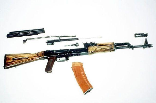 АК74.