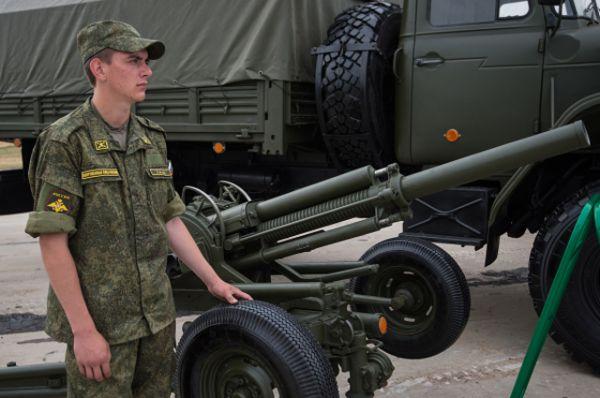 Автоматический 82-миллиметровый миномёт 2Б9 с ироничным именем «Василёк» способен производить 170 выстрелов в минуту осколочными, дымовыми либо осветительными минами с радиусом поражения в 18 метров. Не спастись от этого «малыша» и на расстоянии в 4 километра.