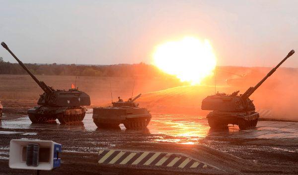 «Оборонэкспо-2014» удивило гостей как мастерством танкистов, которые на боевых машинах исполняли даже греческий танец «Сиртаки», так и мощью военной техники.