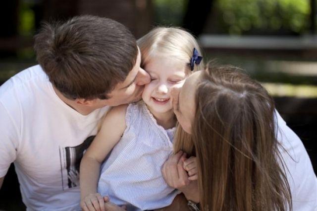 Центр помощи семье и детям откроется в Омской области.