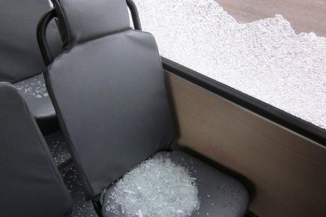 Обстреляли автобус