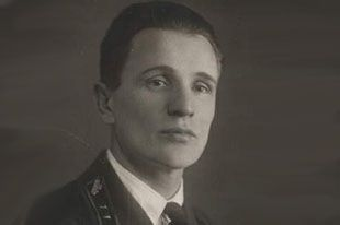 Зиновий Колобанов.