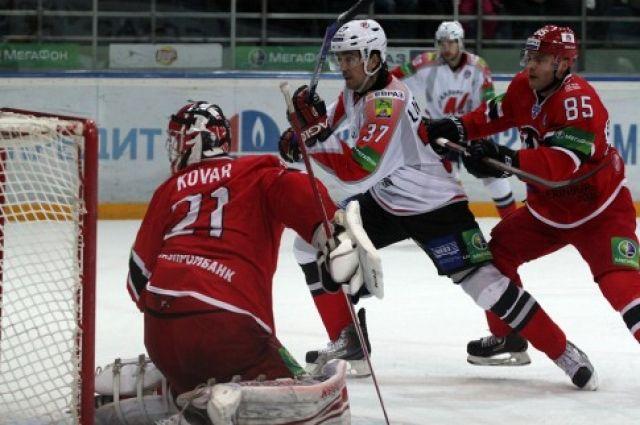 Хоккеисты «Автомобилиста» на сборах в Швейцарии переиграли команду «Биль»