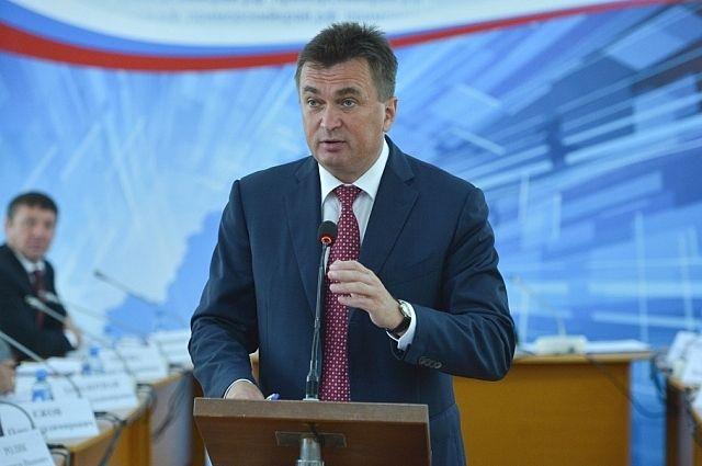 Владимир Миклушевский на встрече с жителями Славянки.