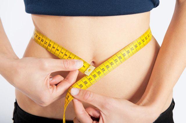 Толстые показывают жирный живот — photo 5