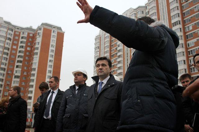 Губернатор Московской области Андрей Воробьев посетил площадку строительной фирмы «Мортон» в городском округе Балашиха.