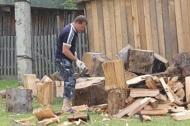 Была бы древесина - дрова наколем.