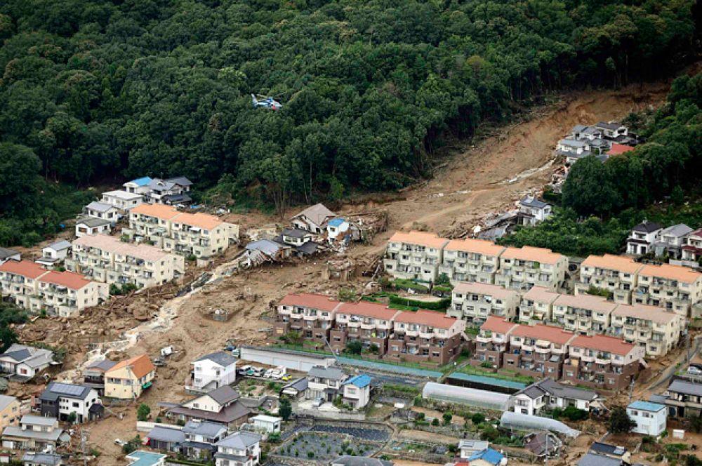 Власти Хиросимы сообщили, что в городе всего сошло пять оползней.