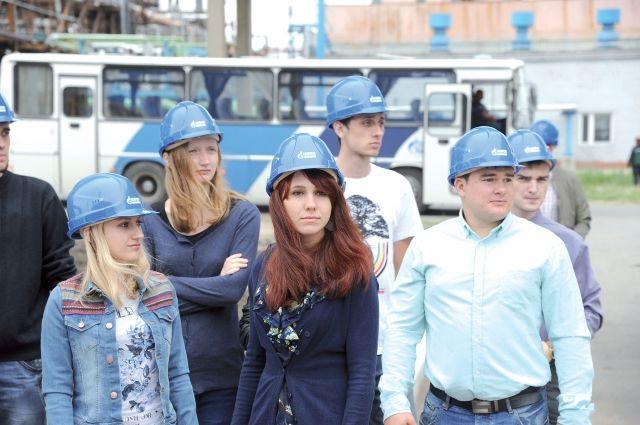 В ходе экскурсии юные экологи оценили чистоту производственных процессов.
