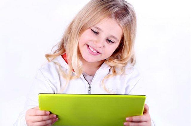 В будущем в учебе детям помогут специальные планшетные компьютеры.