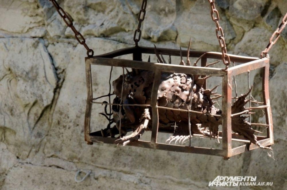 Элемент в композиции Средневековья.