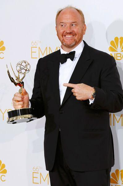 Луис Си-Кей получил награду за автобиографичный комедийный сериал «Луи», шоураннером и исполнителем главной роли которого является сам.