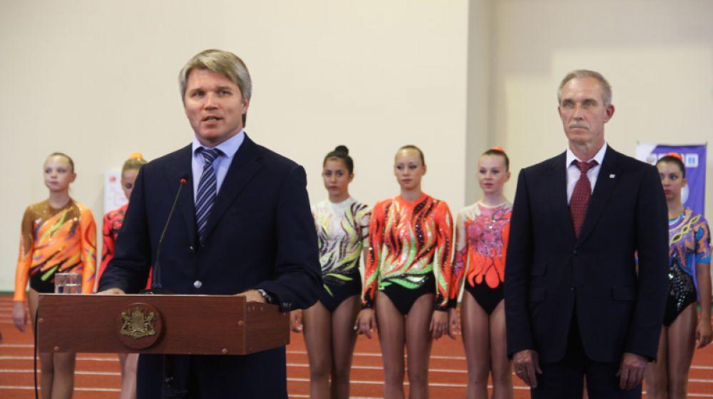 Замминистра спорта РФ, олимпийский чемпион по фехтованию Павел Колобков открывает манеж