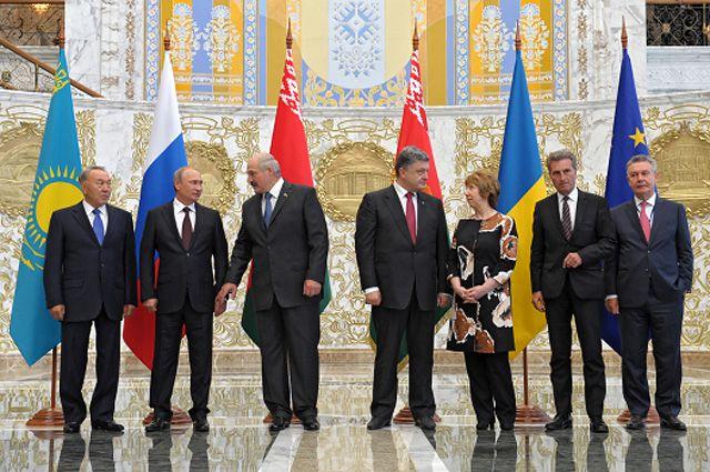 Встреча глав государств Таможенного союза с президентом Украины и представителями Европейской комиссии.