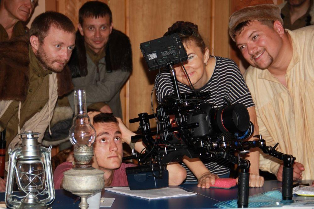 Фильм о Троцком снимает режиссер Елена Альшаева.