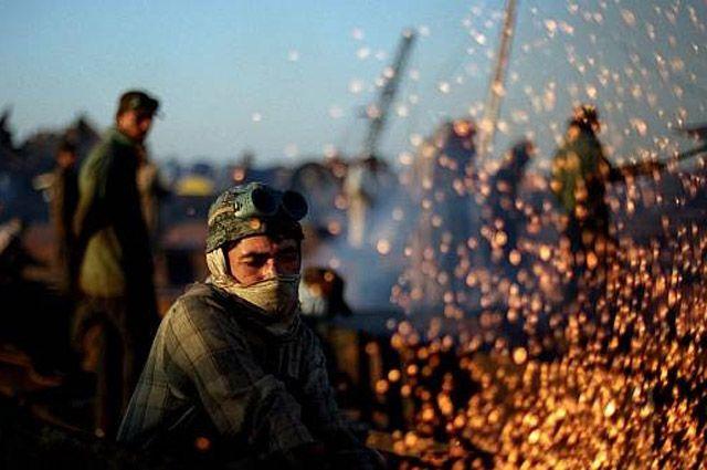 Кадр из фильма «Смерть рабочего». 2005 год.