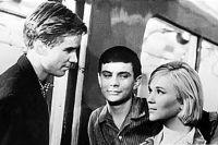 В 2014 за «Золотого льва» будет бороться фильм «Я шагаю по Москве» 1964 года.
