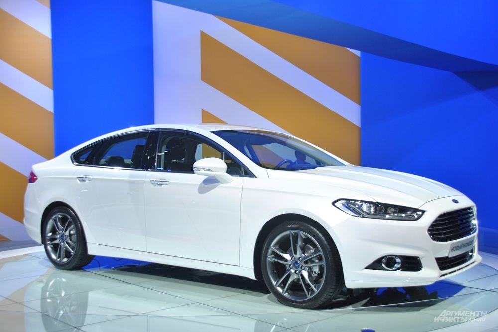 Новый седан бизнес-класса Ford Mondeo.