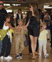 Меньше. Чем через год, 5 марта 2007 года Анджелина и Питт усыновили на юге Вьетнама трёхлетнего мальчика Пакса Тьена.