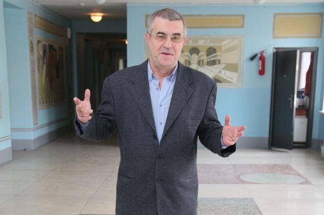 Директор 31 лицея Александр Попов оправдан по всем статьям