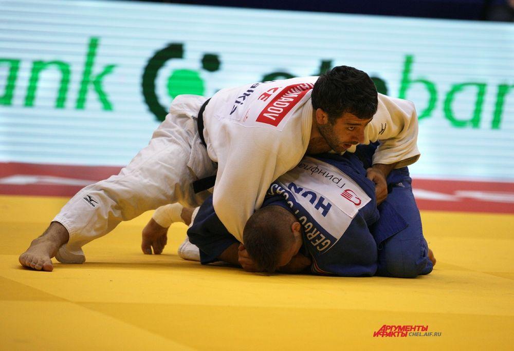 Азербайджанский спортсмен Эльхан Маммадов и венгерский спортсмен