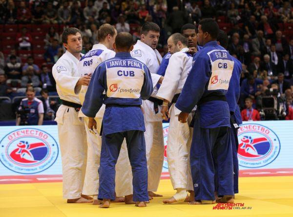 Кубинский и российские спортсмены