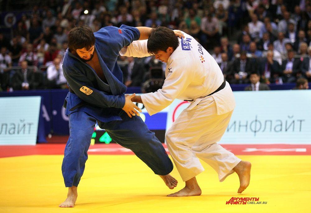 Аслан Камбиев с японским спортсменом
