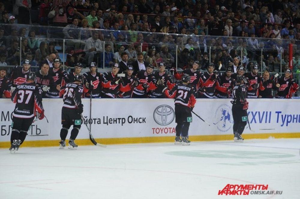 Хоккейный матч «Авангард»-«Нефтехимик».