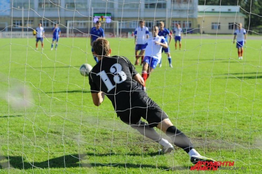 Футбольный матч «Иртыш»-«Сибирь-2».