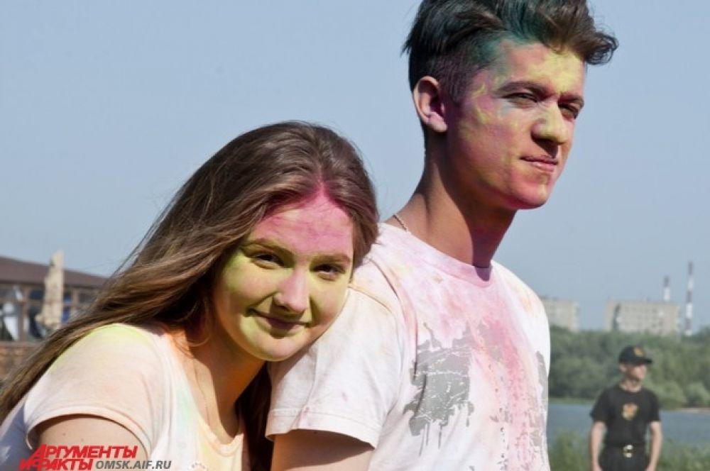 Фестиваль красок состоялся в Омске.